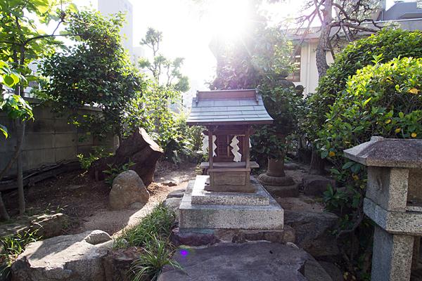 三喜神社末社の社