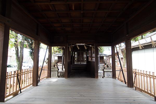 堀越神明社拝殿内