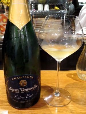 20180411MALULU_champagne.jpg