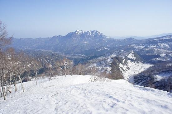 18-4-21昼闇山3