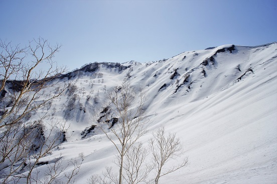 18-4-21昼闇山4