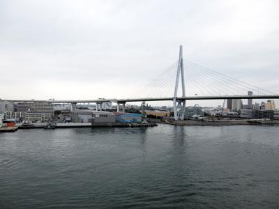 クルーズ070大阪港天保山