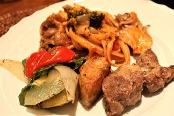 豚肩ロースと春野菜のローストとブロッコリーと舞茸のワンポットフィトチーネ2