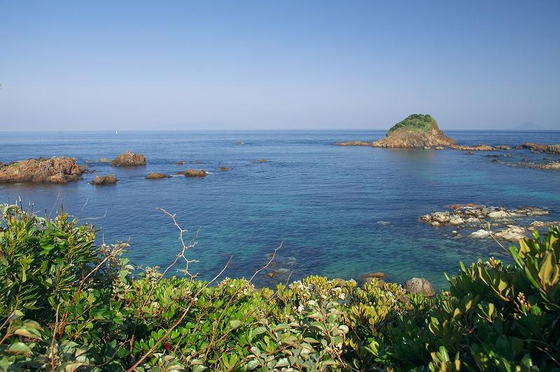 南国の春の海