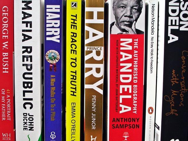 books-1090214_640.jpg