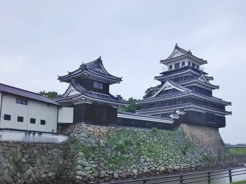 01DSC_0793中津城 (800x600)