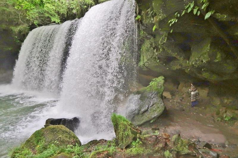 鍋ケ滝02 (800x533)