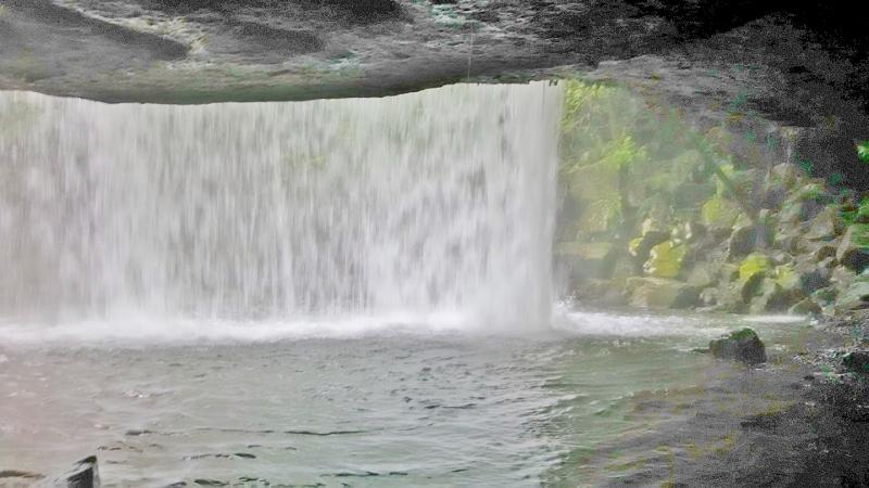 鍋ケ滝06 (800x450)