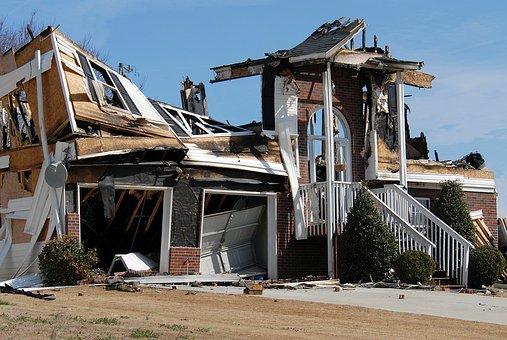 house-fire-1548280__340.jpg