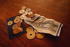 money-965587__180.jpg