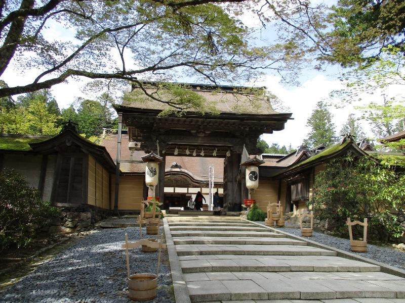 1804k6kongobuji.jpg
