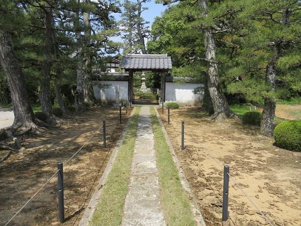 安楽寺 門