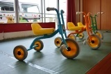 三輪車 (2)
