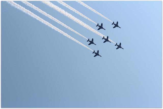 青森県 弘前市 弘前公園 弘前城 弘前さくらまつり 観光 写真 ビデオ ブルーインパルス 展示飛行