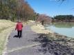 明神池でリハビリウォーキング
