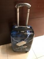 新スーツケース180409