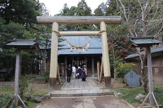 涌谷神社拝殿