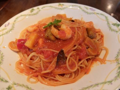 小えびと地中海野菜のトマトソーススパゲティ
