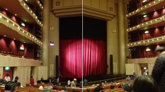 6横須賀芸術劇場ホールと舞台