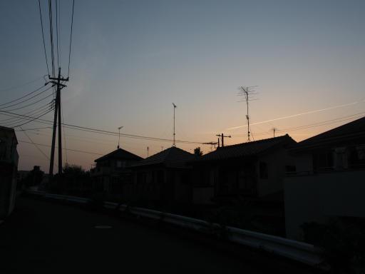 20180515・夕焼けと飛行機雲06
