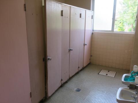 「府中小放課後じどうクラブの教室・トイレ問題」⑦