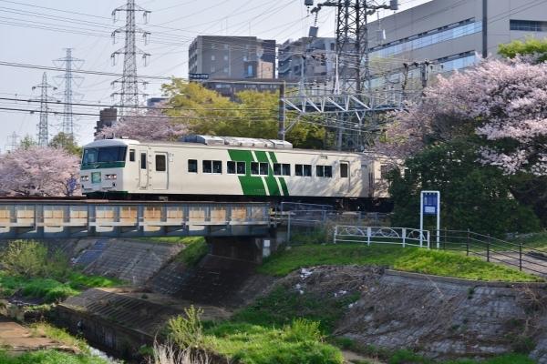 2018年4月1日 JR東日本横浜線 新横浜~小机 185系オオB3編成