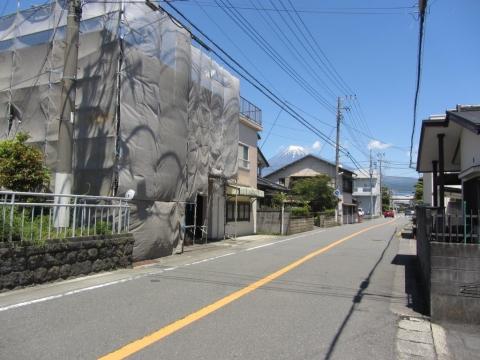 依田橋村の一里塚跡