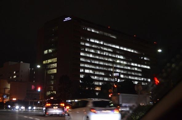 テクニカルセンターの夜景