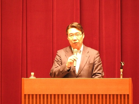 前川講演1