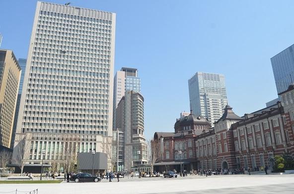 12 日立本社 東京駅前