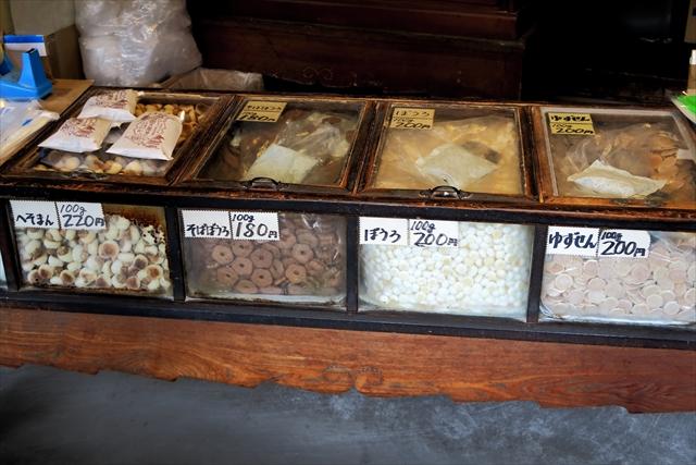 180427-堅パン熊岡菓子店-005-S