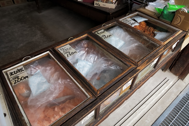180427-堅パン熊岡菓子店-006-S