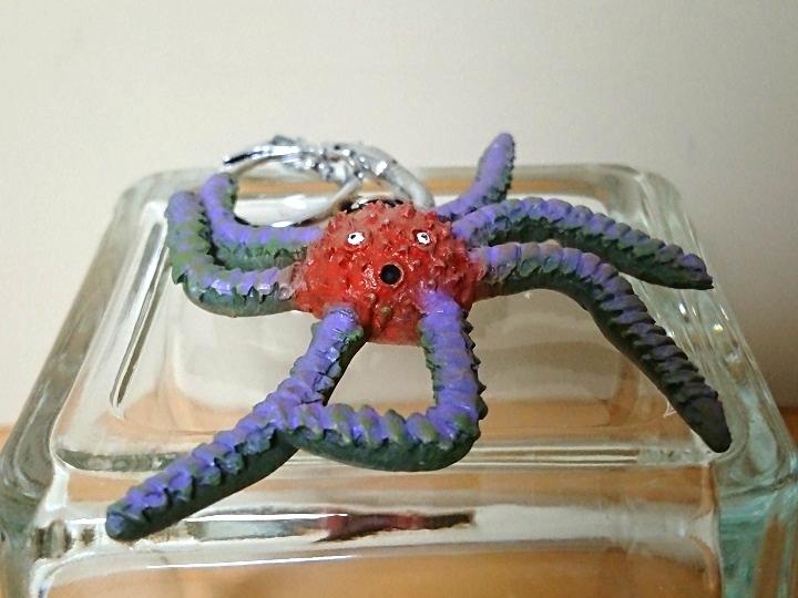 円盤生物 デモス 恐怖の円盤生物キーホルダー! キャスト0