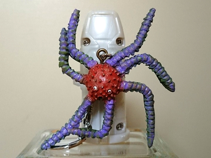 円盤生物 デモス 恐怖の円盤生物キーホルダー! キャスト3