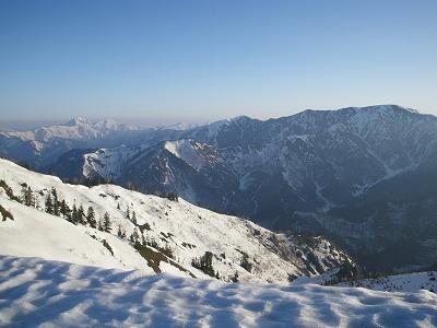 平ヶ岳から中ノ岳