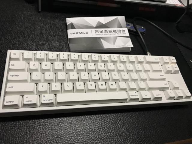 MIYA68_MAC_01.jpg
