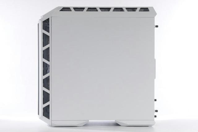 MasterCase_H500P_Mesh_White_06.jpg