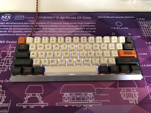 Mechanical_Keyboard121_02.jpg