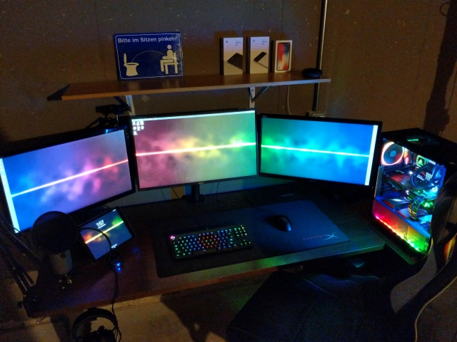 PC_Desk_MultiDisplay116_14.jpg