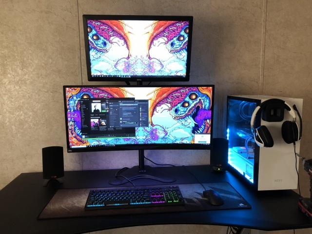 PC_Desk_UltlaWideMonitor30_21.jpg