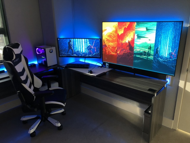 PC_Desk_UltlaWideMonitor30_27.jpg