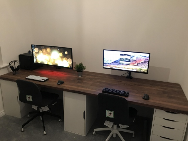 PC_Desk_UltlaWideMonitor30_69.jpg