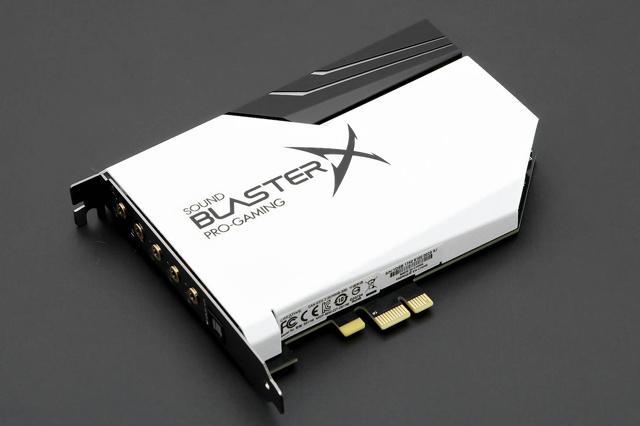 Sound_BlasterX_AE-5_Pure_Edition_02.jpg