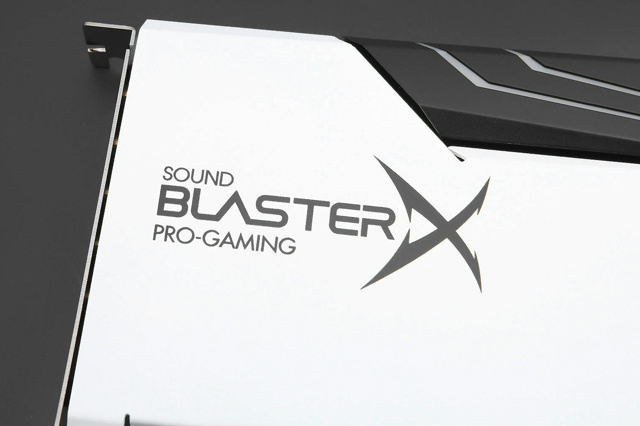 Sound_BlasterX_AE-5_Pure_Edition_06.jpg