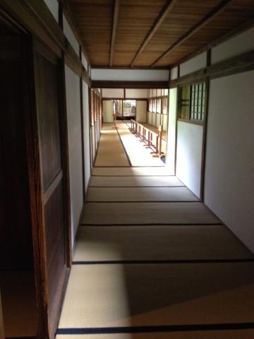 弘道館廊下。