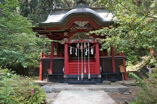 5花園神社本殿