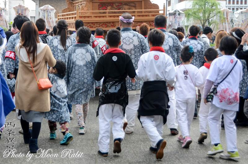 吉原三本松だんじり(屋台) 祭り装束 西条祭り