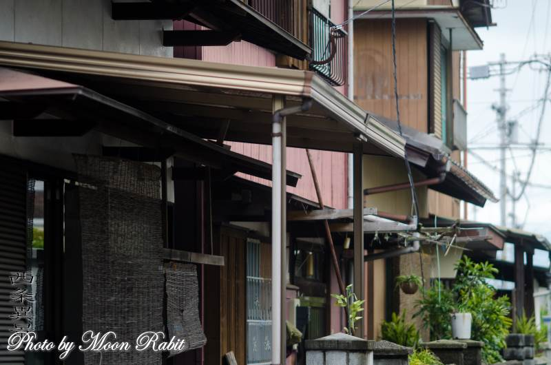 三本松の小路と家並
