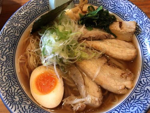 麺屋 青山 臼井店(チャーシュー塩ラーメンとチャーシュー醤油ラーメン)