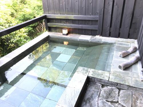 海を見下ろす蔵の宿 ひなた(温泉)平塚PAでのパンランチとスーパーAOKIのソフトクリームに川嶋の蕎麦